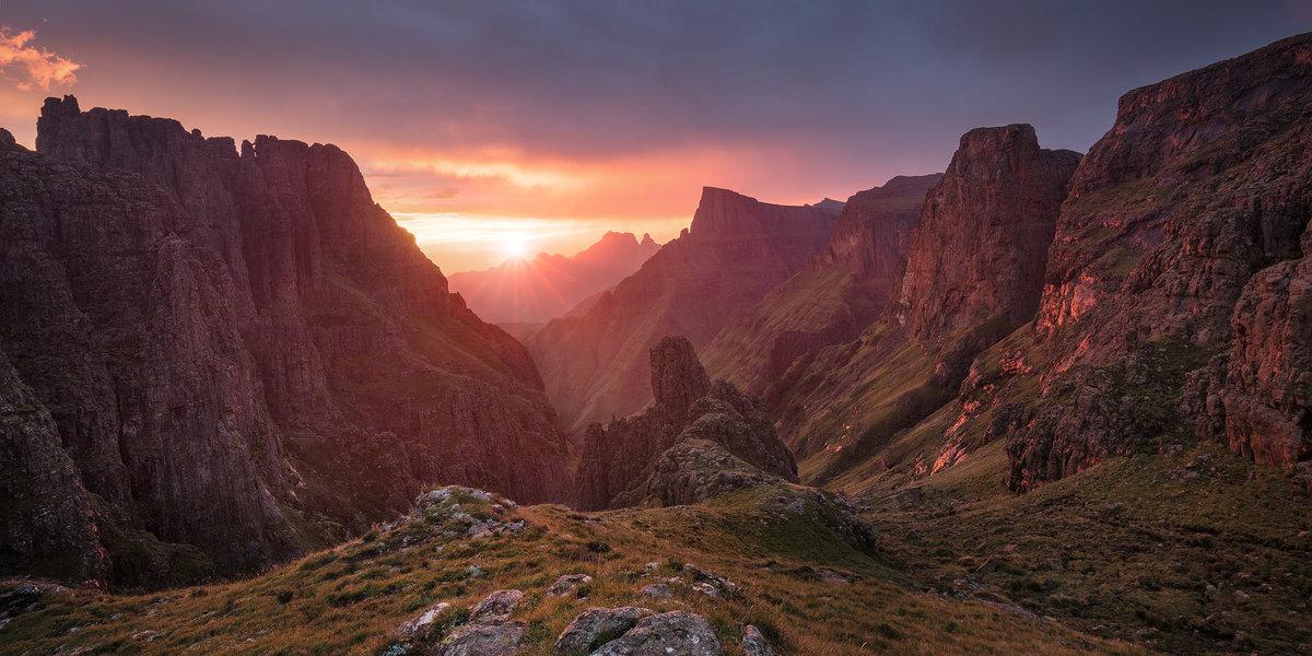 первом драконовы горы фото запрещающие знаки обозначение
