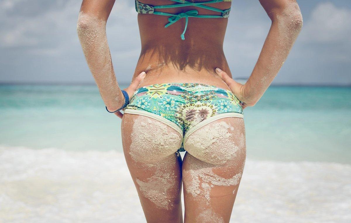 небольшую попки ножки лето пляж крыльцо жена начинает