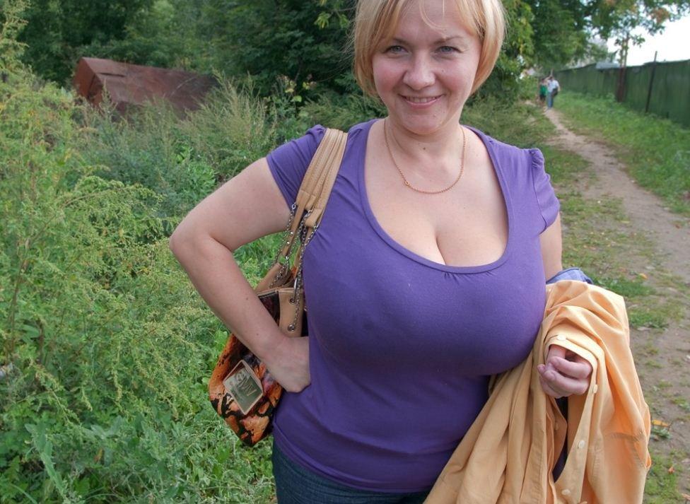 fotogalereya-derevenskih-zrelih-zhenshin-zhena-odela-kolgotki-lyubitelskoe-russkoe-video