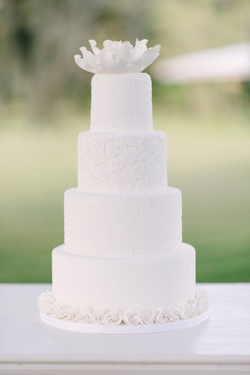 Белый торт картинка