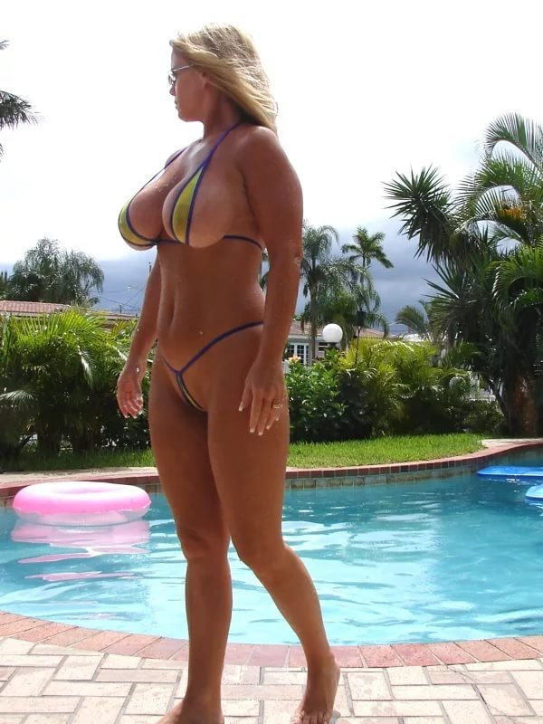 Big boobs and thongs, fitness womennude