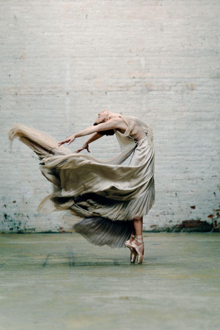 фото душа танцует интересно