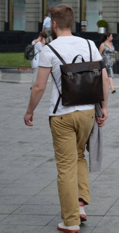 «Рюкзак из кожи прекрасно сочетается с любым аутфитом.» — карточка  пользователя frau.pervushkina в Яндекс.Коллекциях ba2b74374d9