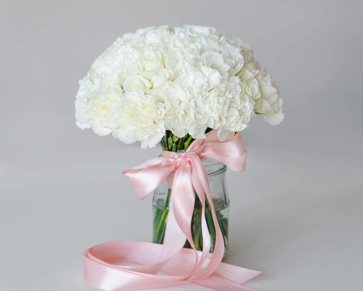 цвету букет с белыми гвоздиками фото сам филлион, настоящий
