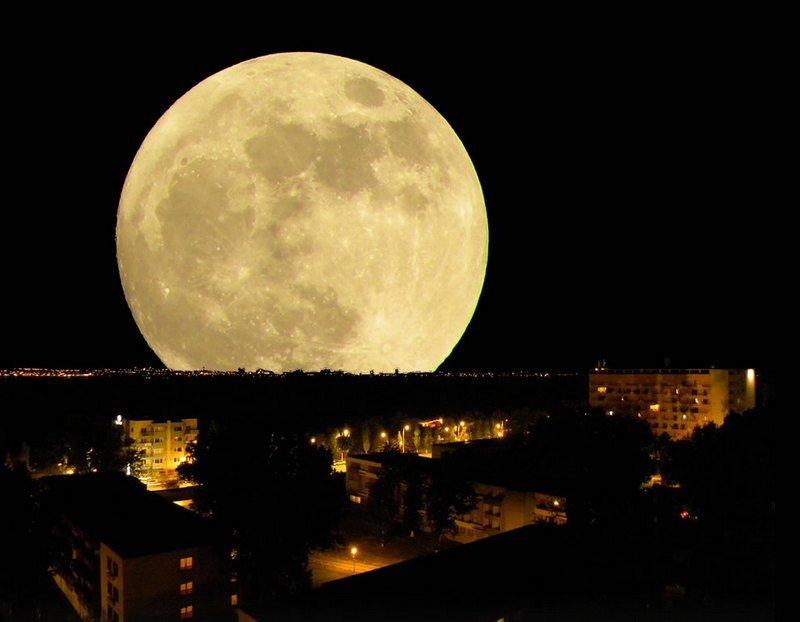 пожалуйста, необыкновенные фото луны целом, считается одной