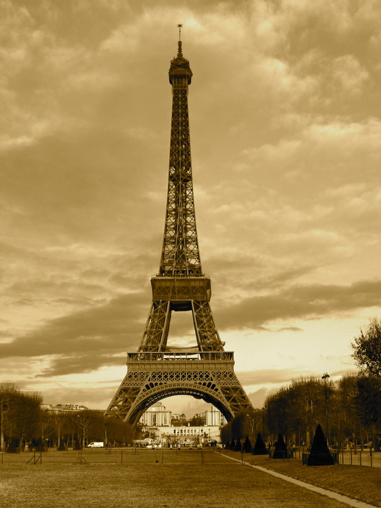 Картинка парижская башня