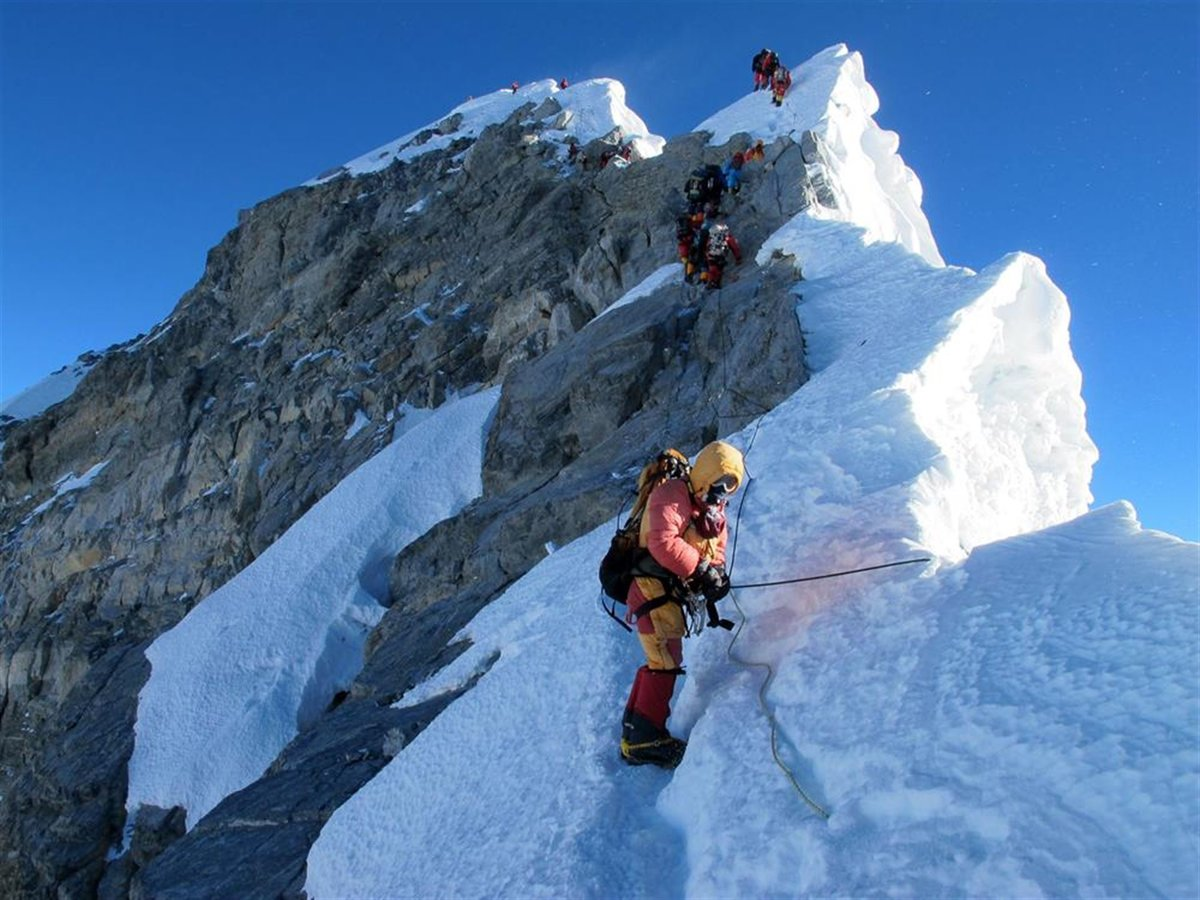 mountain climbing expeditions challenged - 940×705