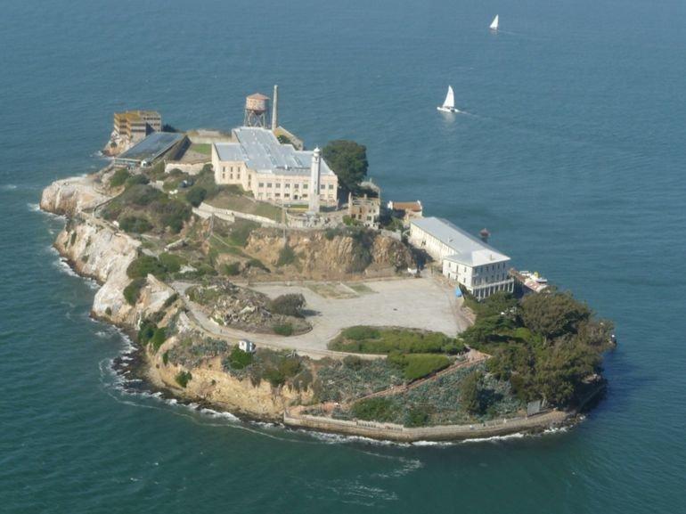 21 марта 1963 г. Закрыта тюрьма Алькатрас
