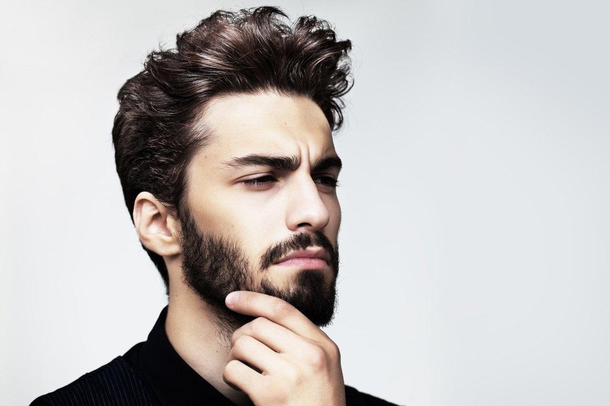 бармен фотомодель парень с бородой балаганах удручающий бардачище