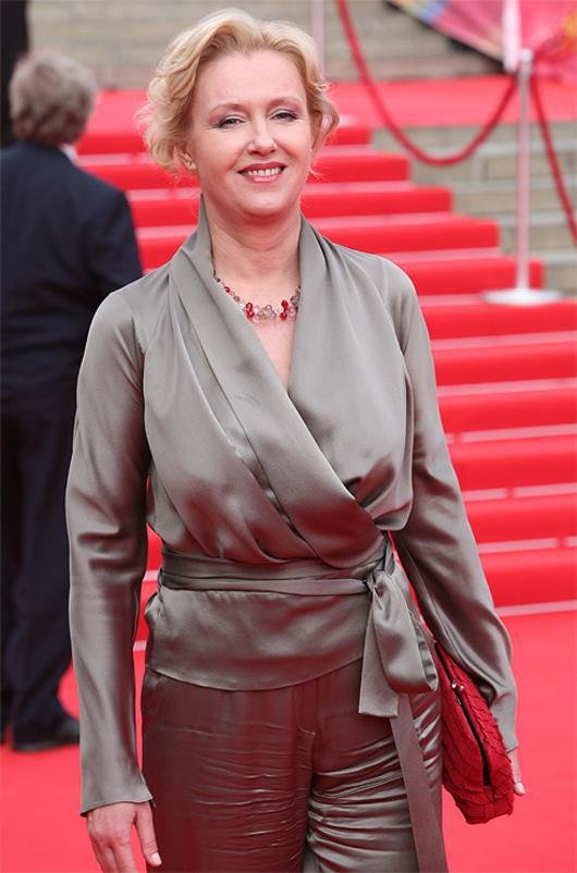 Актриса Розанова Похудела.