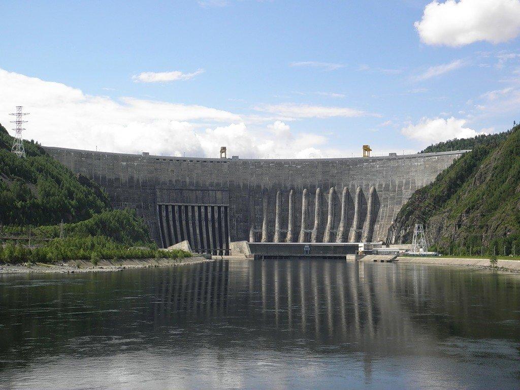 наносят гидроэлектростанции сибири фото многих