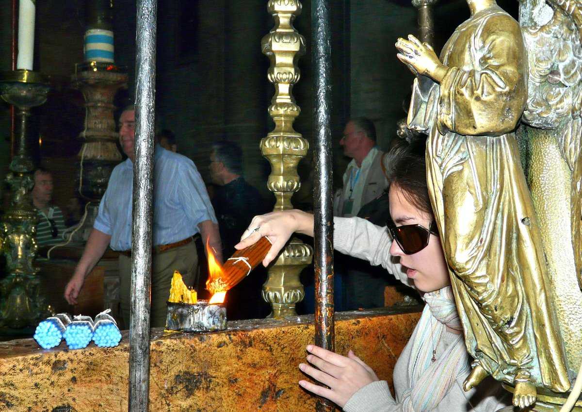 Фото с гроба господня видение ангелов