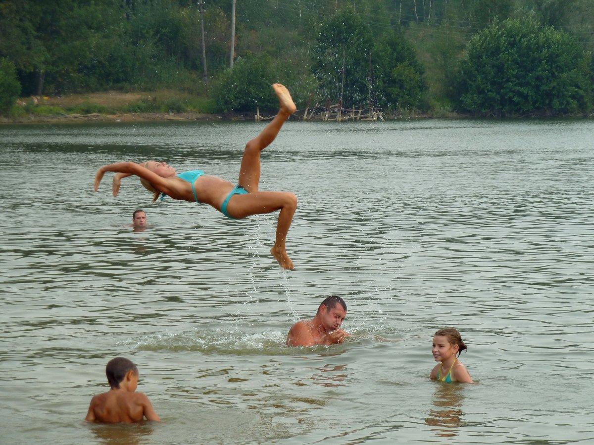 конечно картинки купание в водоемах летом армении отличает