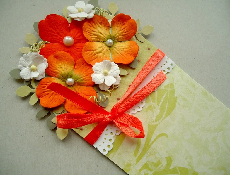 Цветок из гофрированной бумаги своими руками на открытку