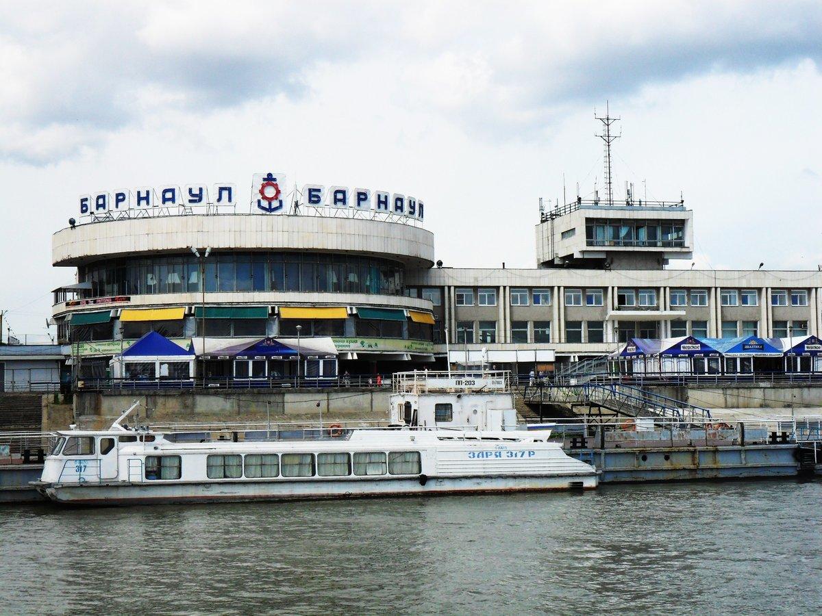 Киевский вокзал пригородные поезда фото близких родных