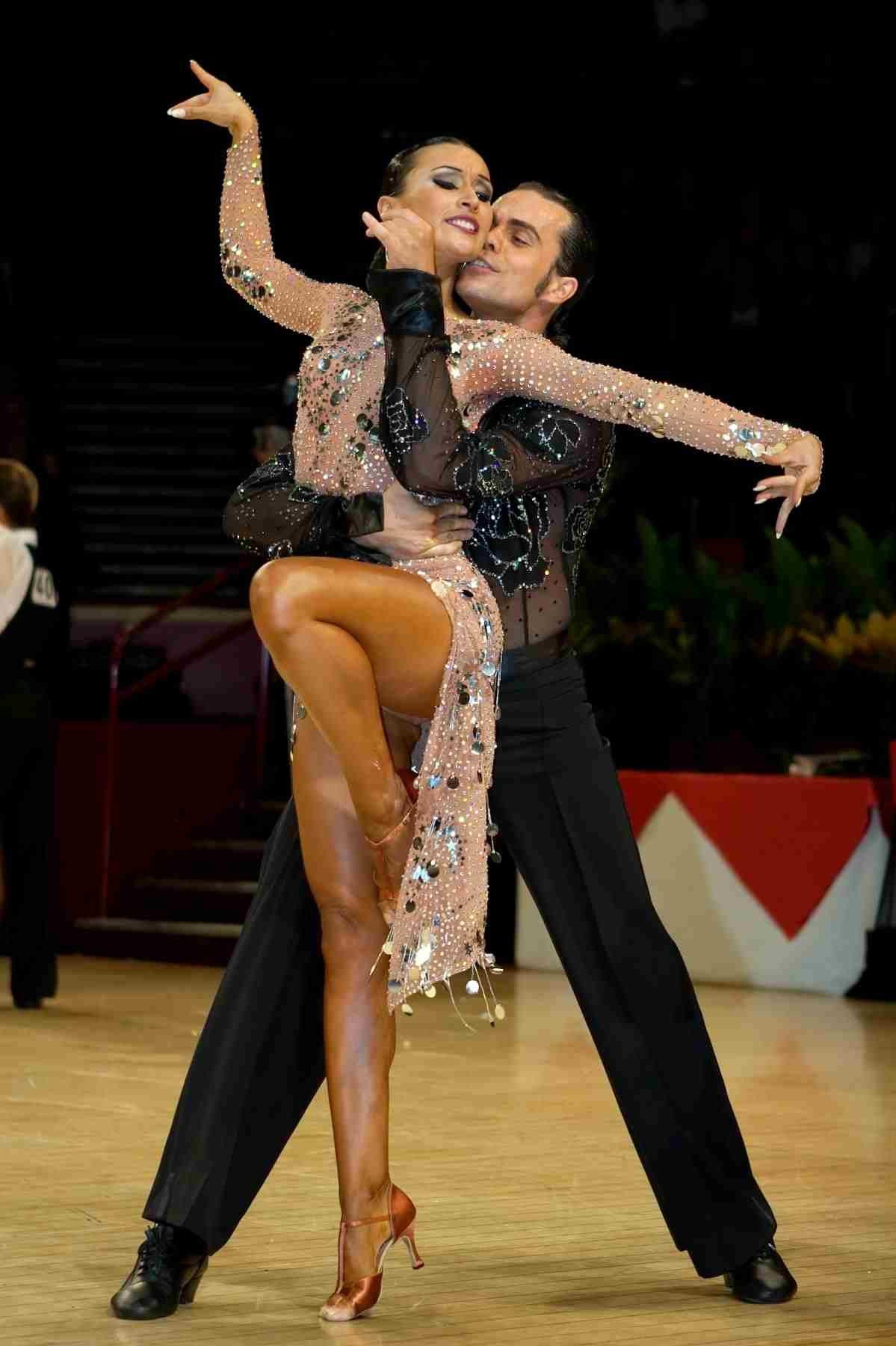 фото танцовщиц бальных танцев полезные цукаты