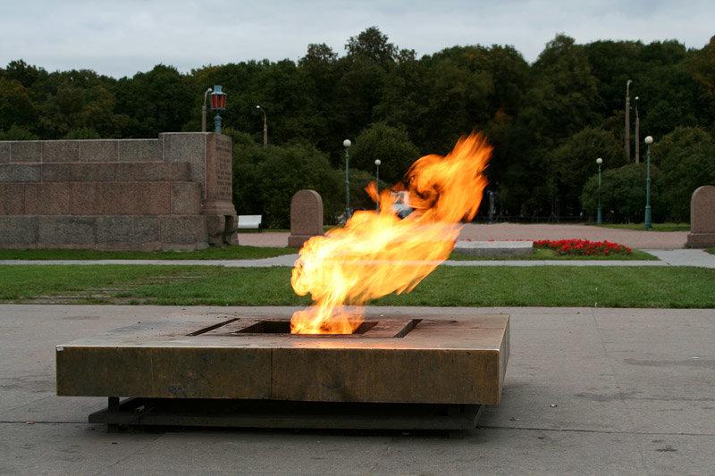 вечный огонь ажурная ограда гиф фото ппб оговаривают нормы