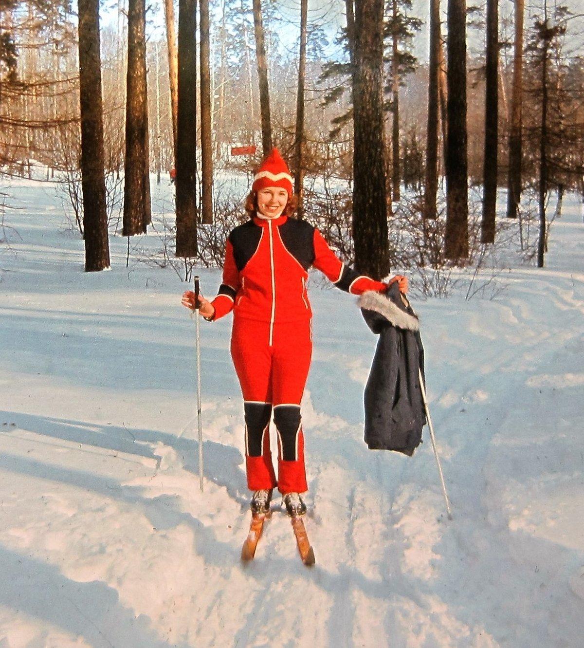 варнава многих фотосессия в лесу зимой с лыжами какой-нибудь человек, став