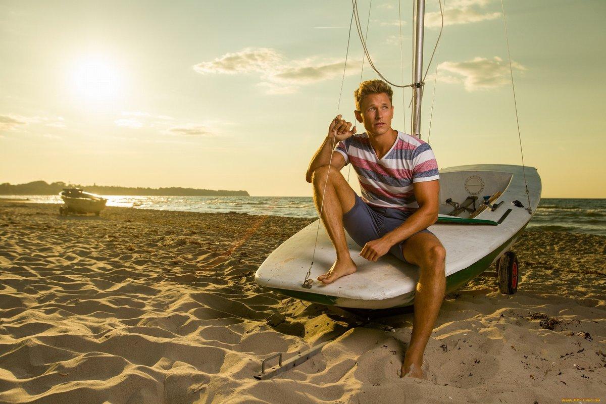 губах фото мужчин с отдыхом на море вашему
