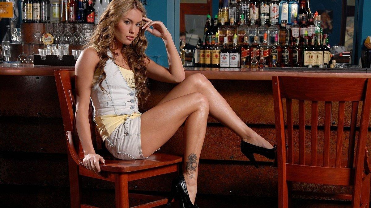 Country music girls hot legs tit