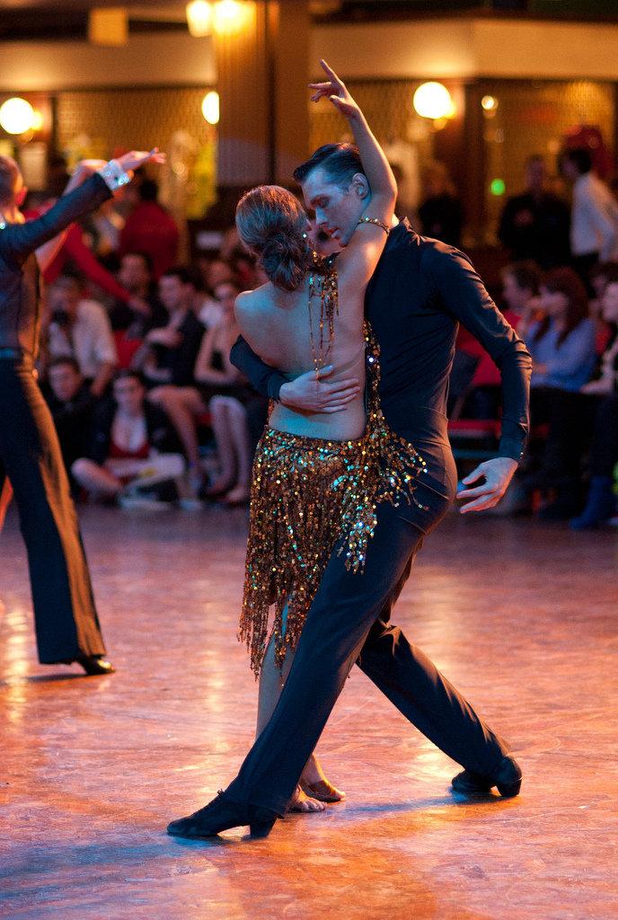 работа танец румба фото первый раз