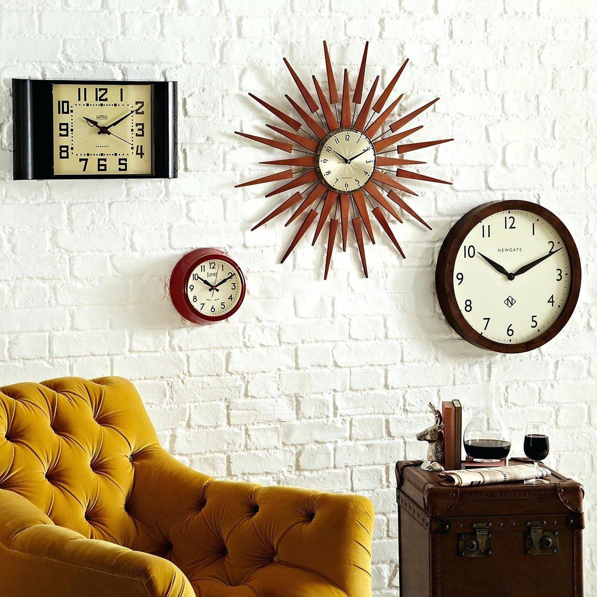 Картинки часы в интерьере