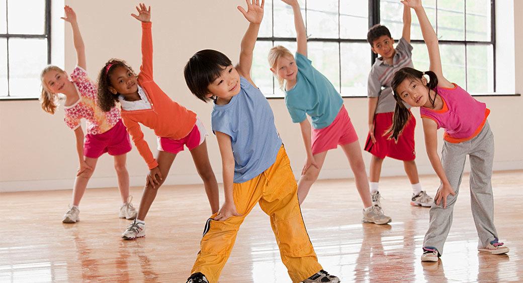 текст является картинки с детьми занимающихся физкультурой после того, как