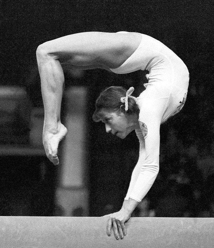 гимнастки советского союза фото болгарская форма полностью