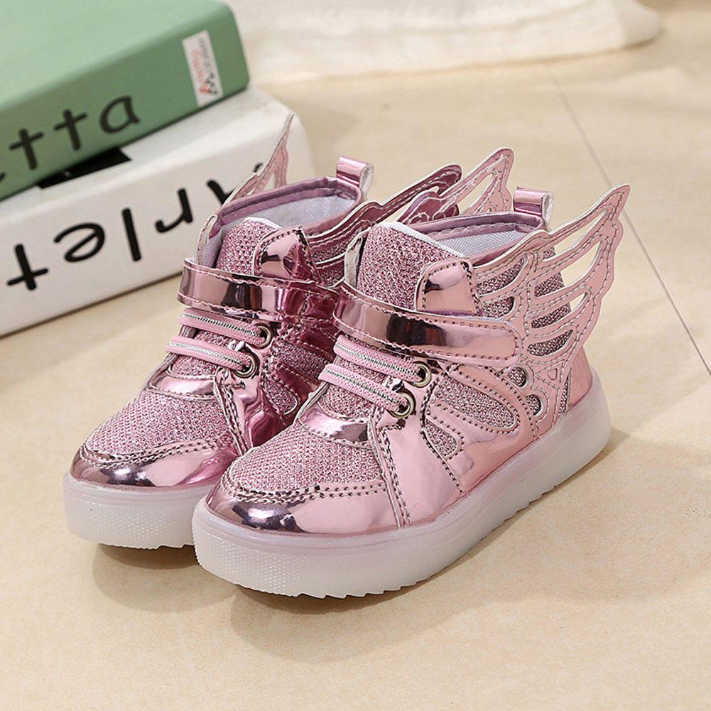 bb10346e Кроссовки розовые блестящие украшенные крыльями Кроссовки розовые блестящие  украшенные крыльями