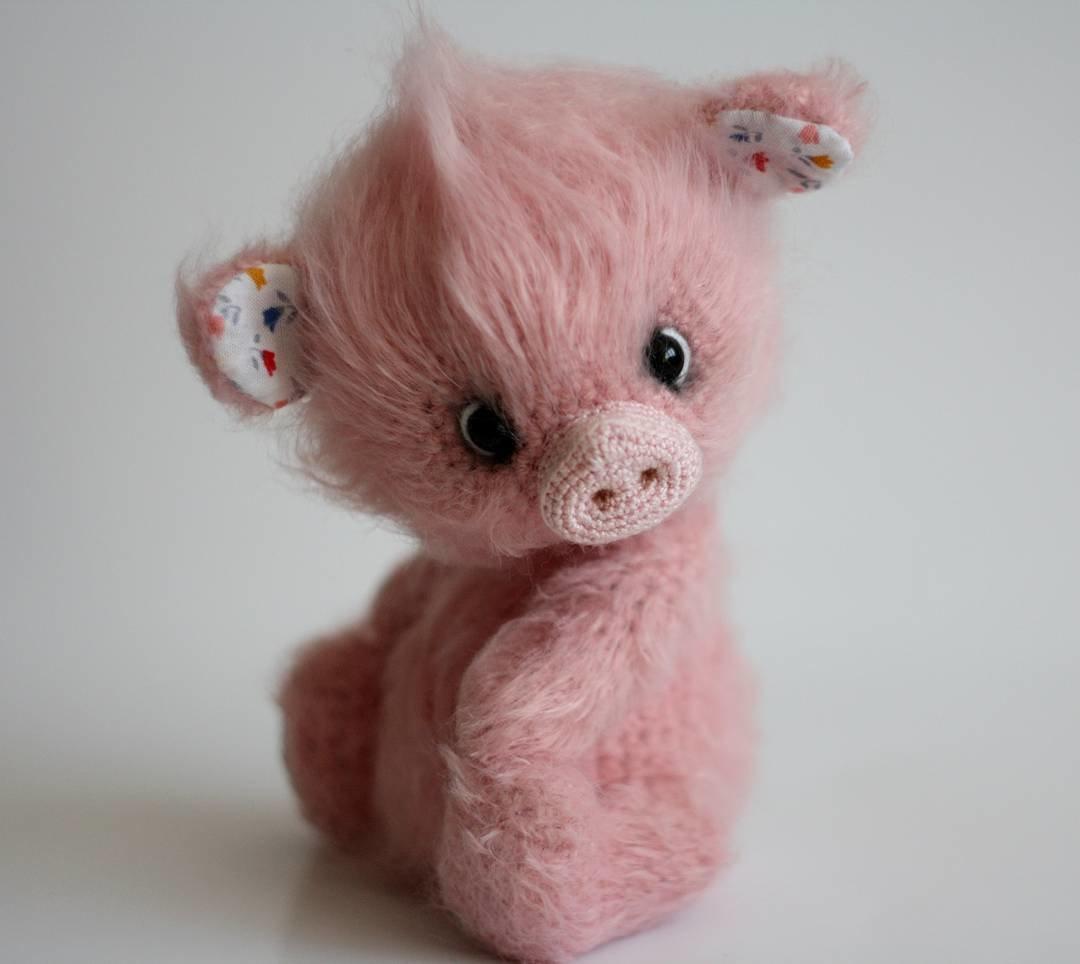 Свинка будет жить в штате Небраска #mylittle#pig#crockettoy#crocketpig#handmade#weamiguru#вяжутнетолькобабушки#вяжуназаказ#поросенок#свинкакрючком#лето_хрю