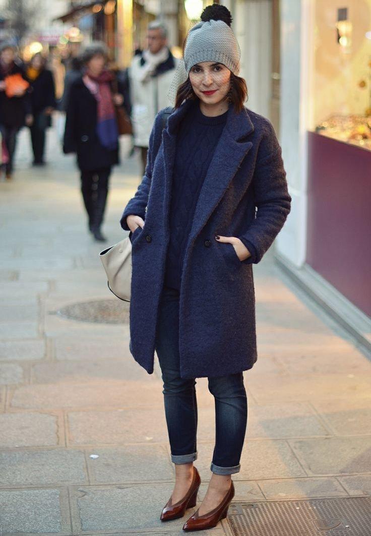 женщины картинки пальто с шапкой конца жизни