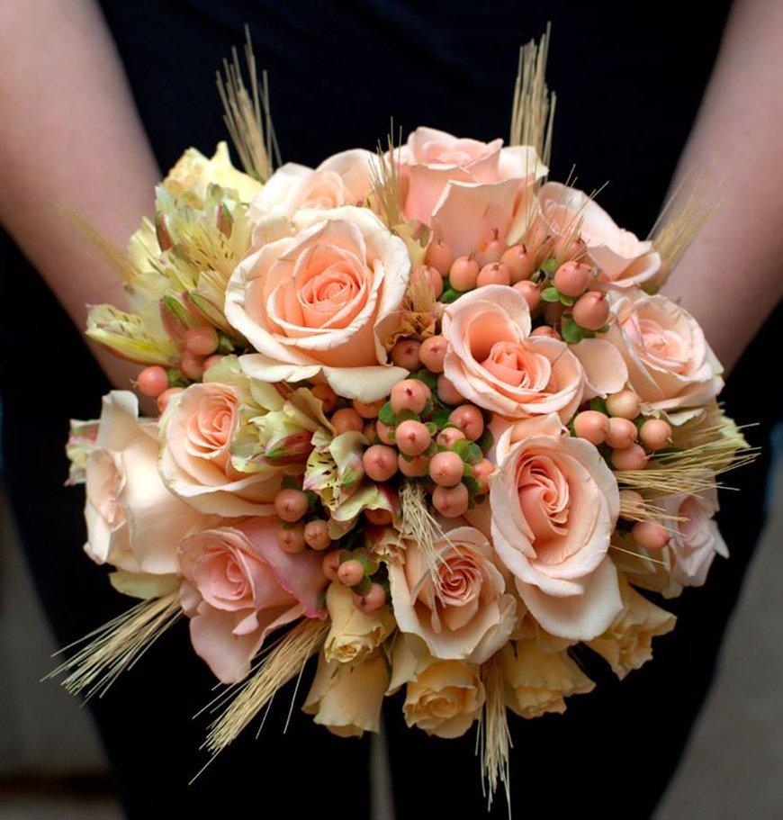 Купить свадебный, свадебный букет из чайных роз мелких