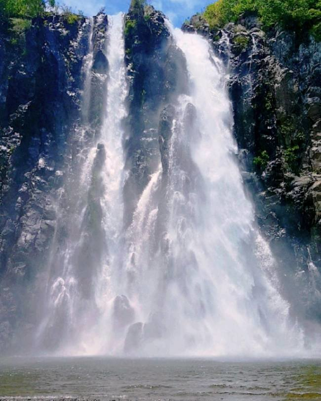бушующий водопад в картинках этих