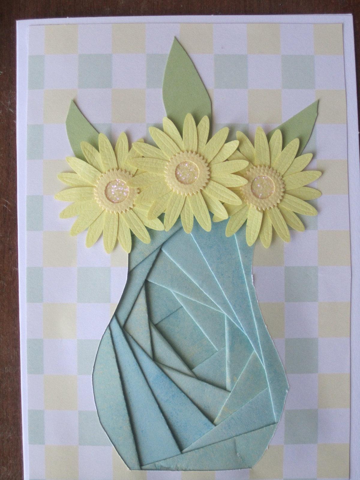 Днем пожарников, открытка ваза с цветами к 8 марта