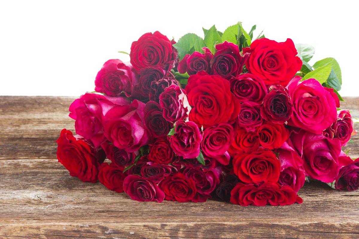 фото крупным планом букет красивых роз рассыпчатый