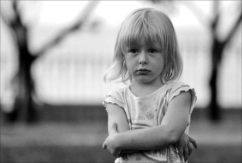 Открытки обиженная девочка