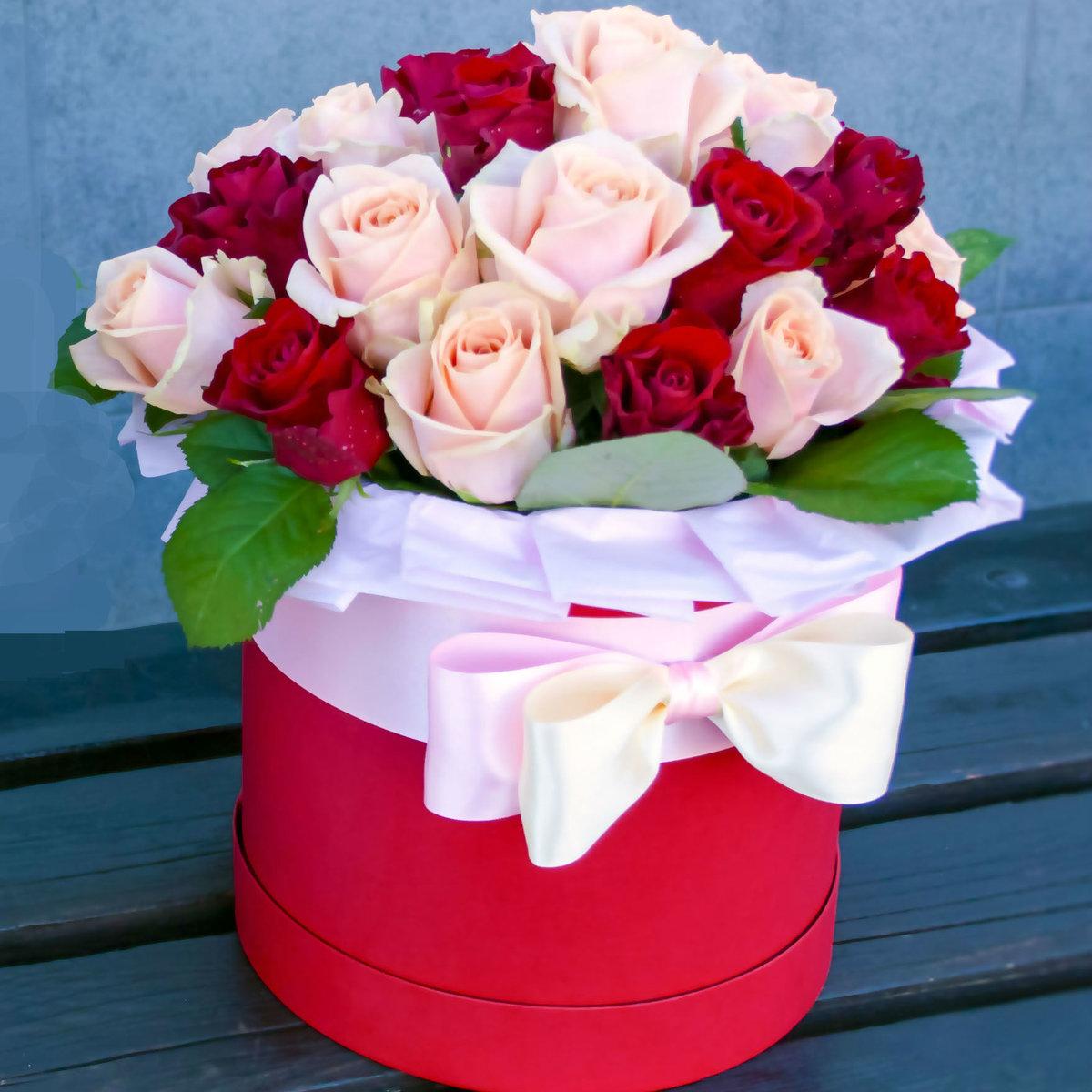 с днем рождения картинки цветы в коробке фотографии