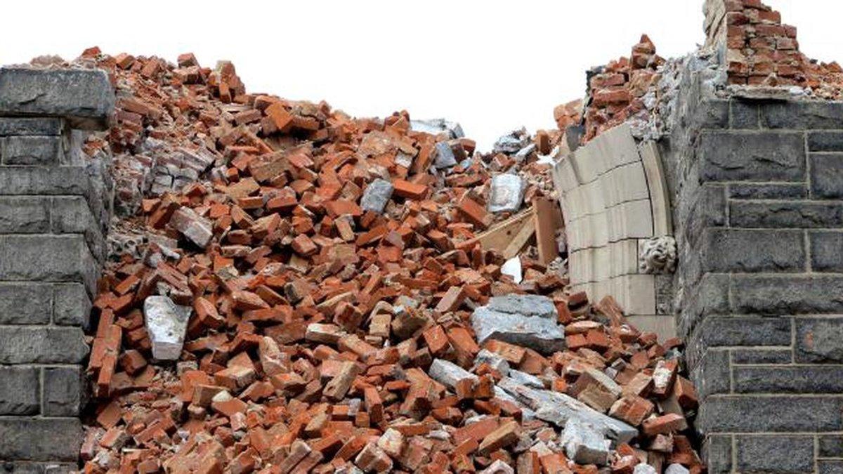 бой строительного кирпича