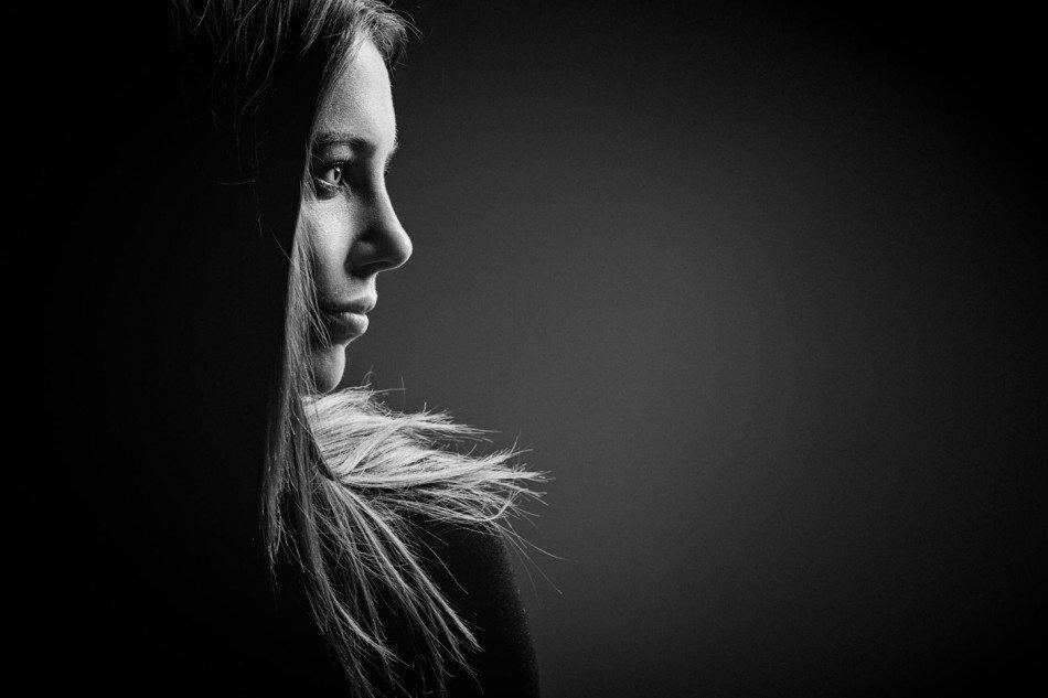 Черно белые фото направление