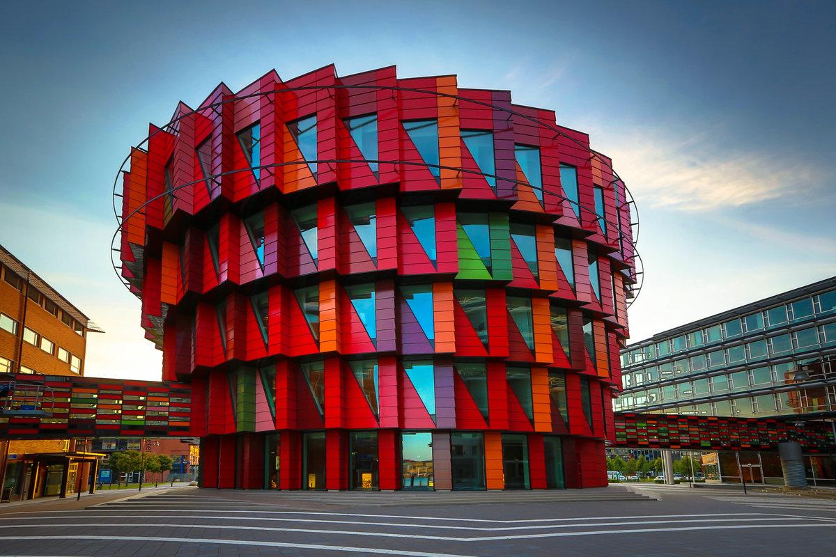 Архитекторы с картинками их зданий