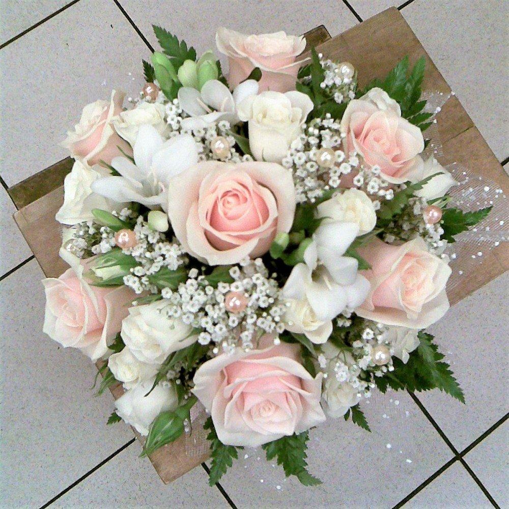 Базы, лучшие букет из роз свадебные