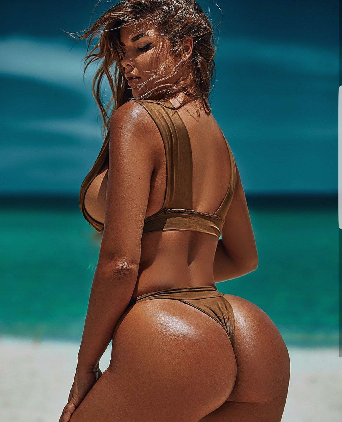 bikini-model-with-great-ass-dbz-girls-nude-pics