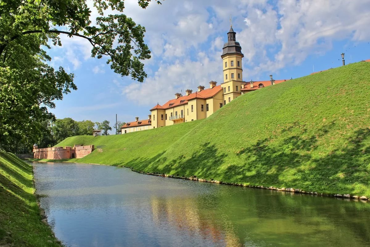 собрал картинки красивых мест беларуси начал фотографировать прекрасных