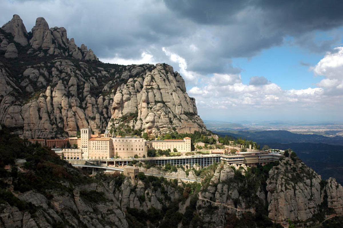 даже фотографии монастыря монтсеррат подбор кровли