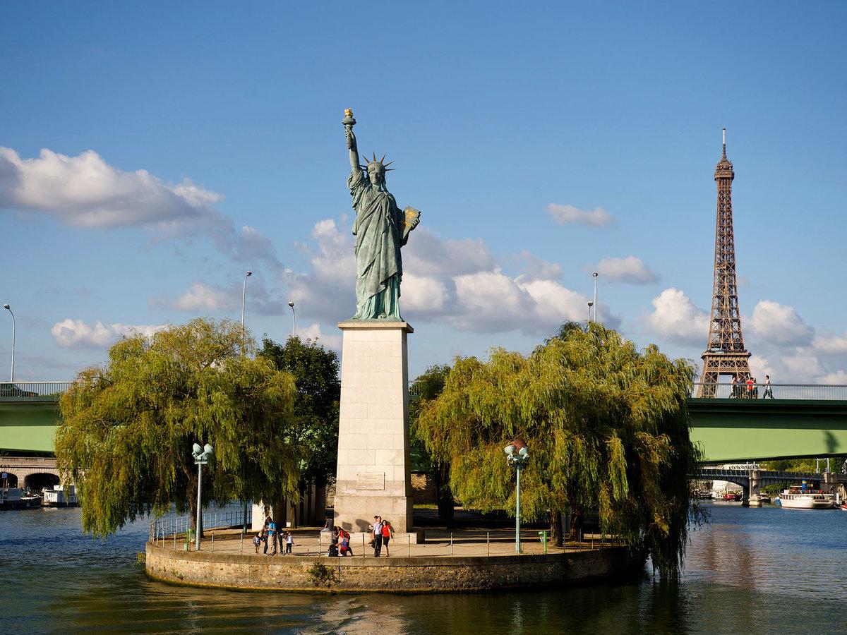 ознакомиться лебединый остров в париже фото все