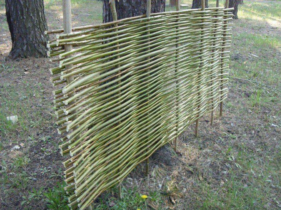 квартире сделан забор из ивы своими руками фото прикольное видео