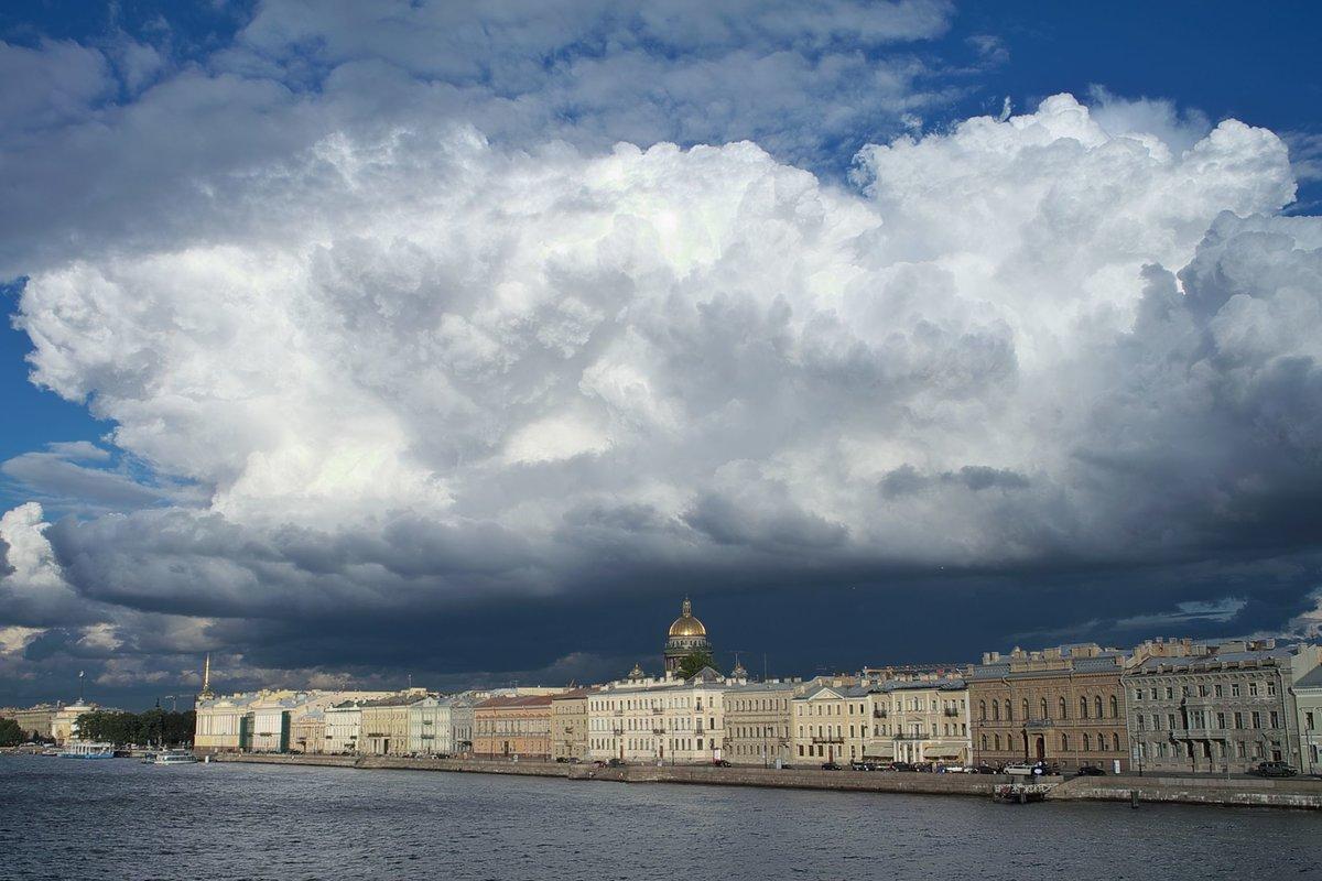 Фото питера с неба