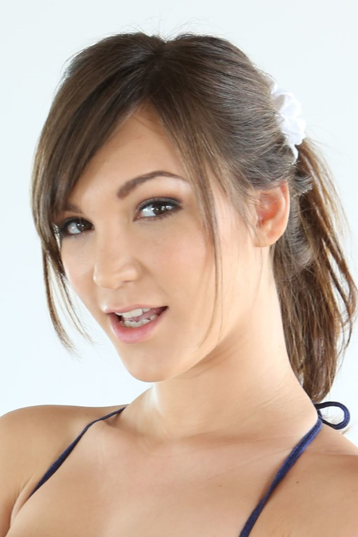 Watch Holly Michaels Movies Free Online