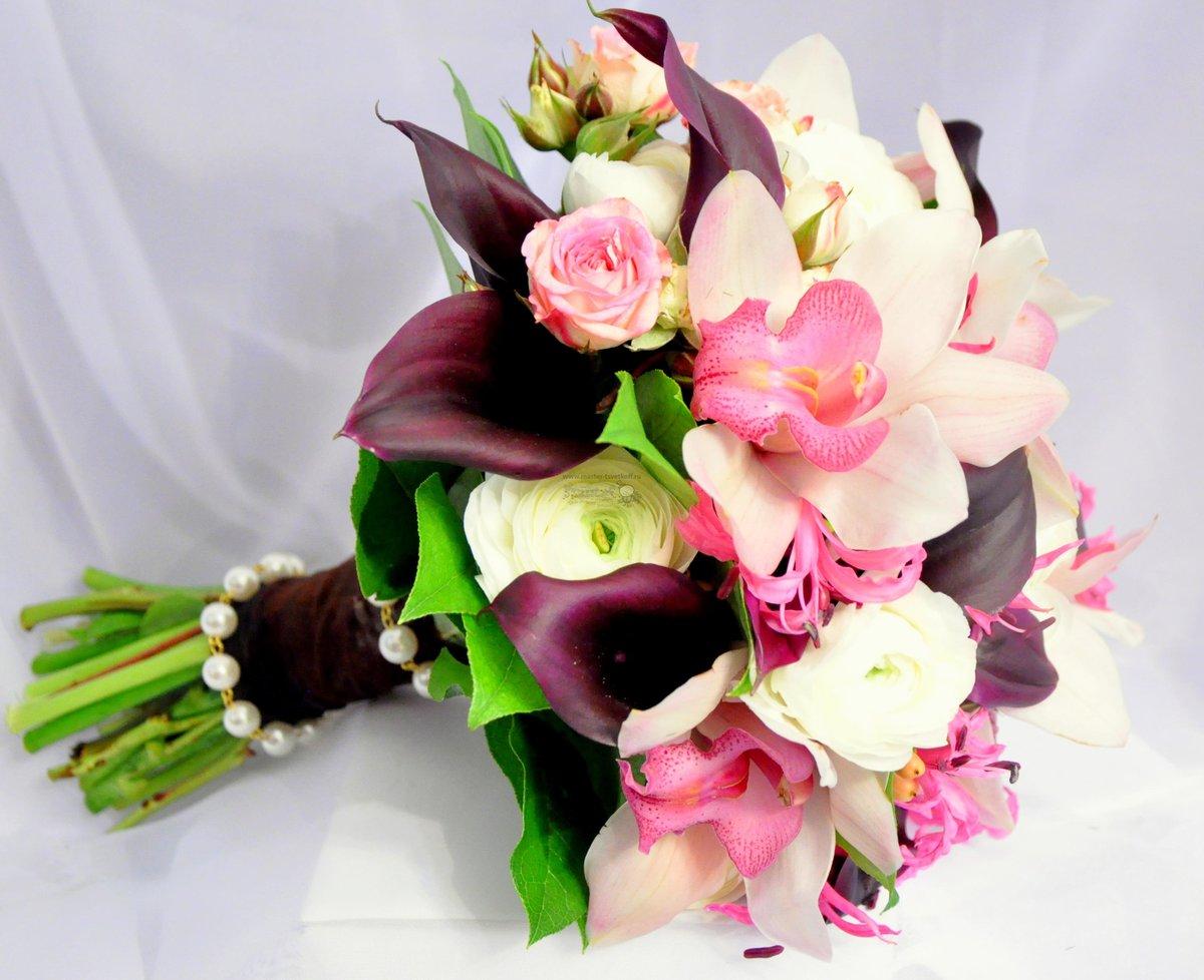 Цветов, свадебный букет розовые калл и орхидей