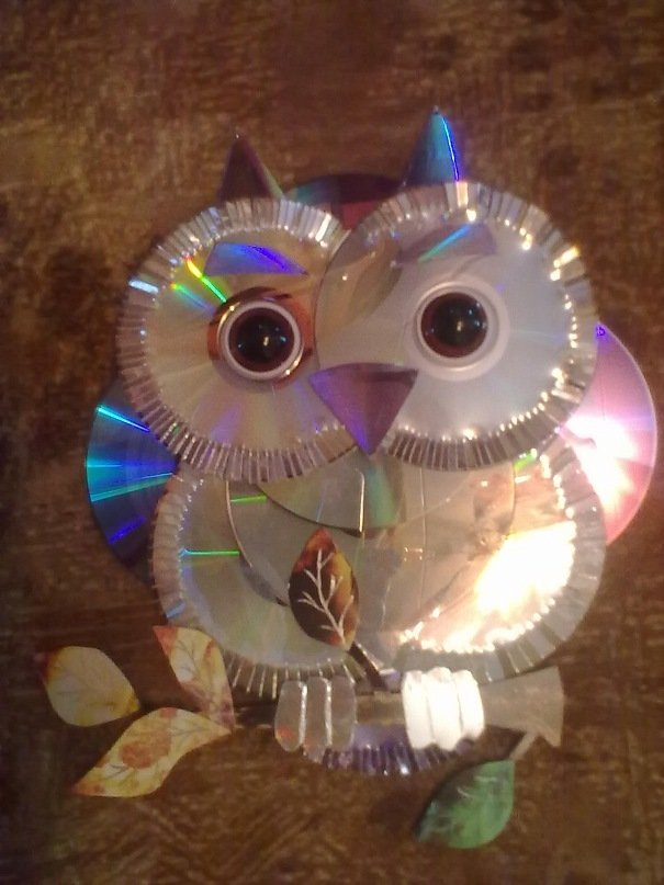 Сова из дисков картинка